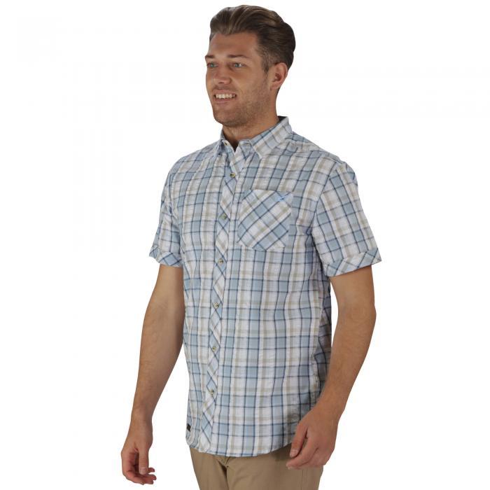 Deakin Shirt Lichen